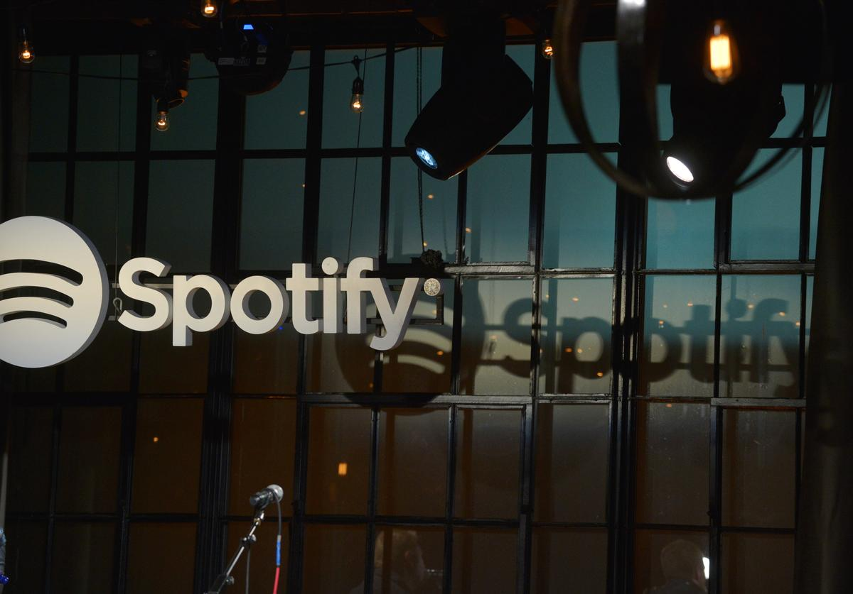 """General ambiance of """"Spotify presents An Intimate Evening With Shane McAnally"""""""