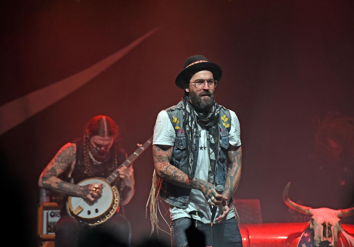Yelawolf performing in Louisville, Kentucky in 2017
