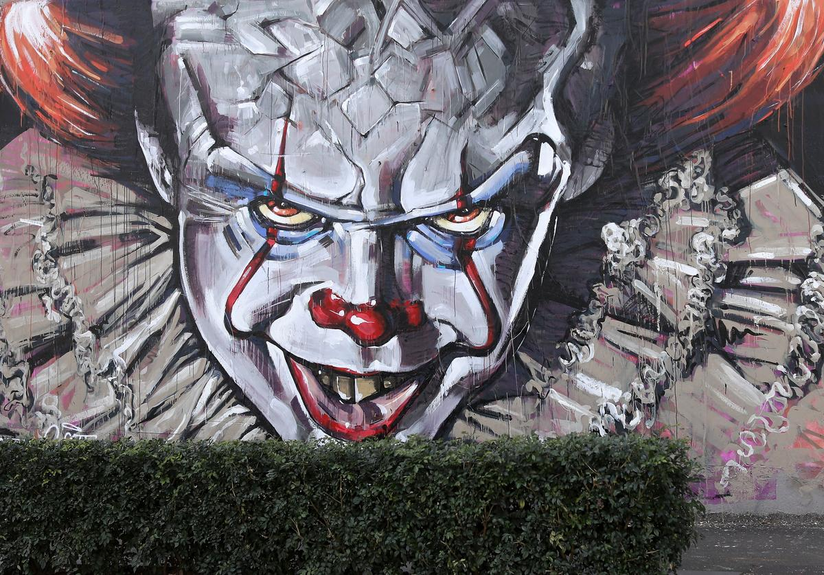 """""""Pennywise Lives"""""""