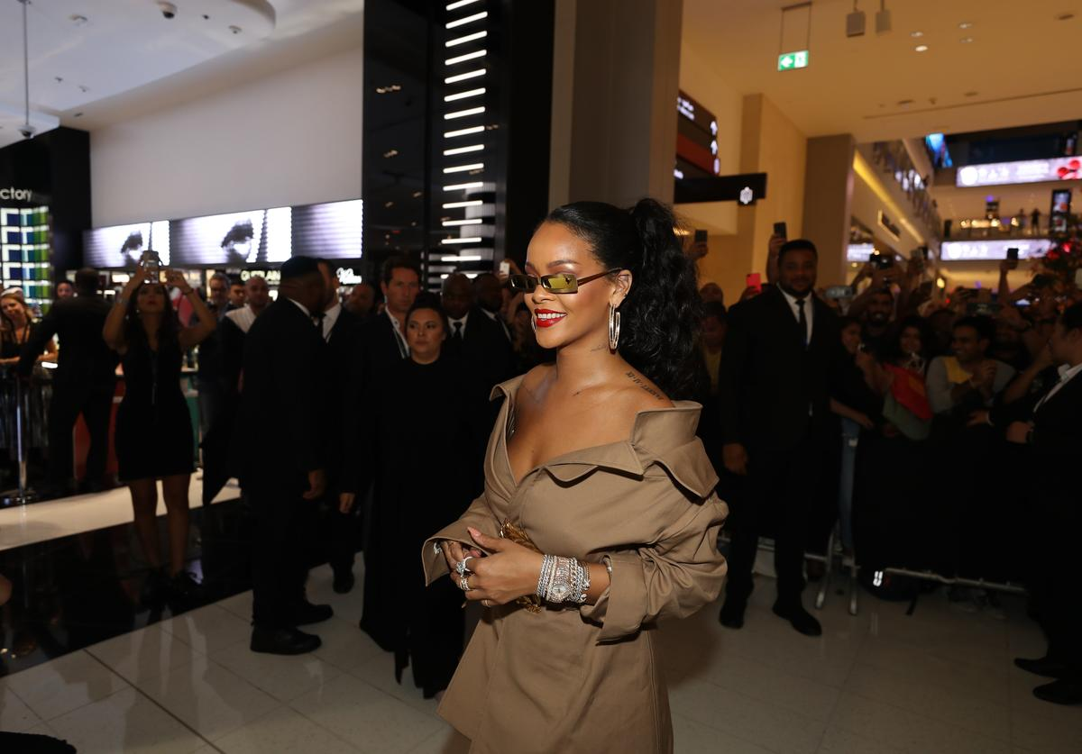 RIhanna at Fenty Beauty stunna lip release.