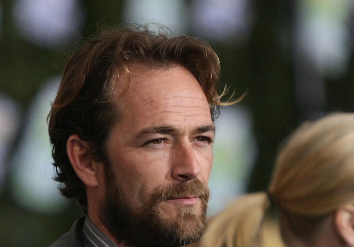 Actor Luke Perry arrives at Chevy Rocks The Future at the Buena Vista Lot at The Walt Disney Studios February 19, 2008 in Burbank, California.