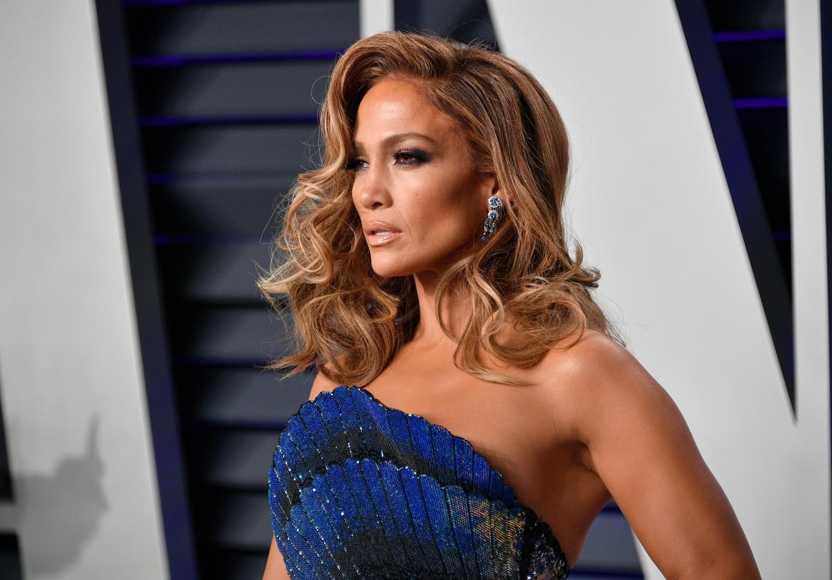 Jennifer Lopez attends the 2019 Vanity Fair Oscar Party