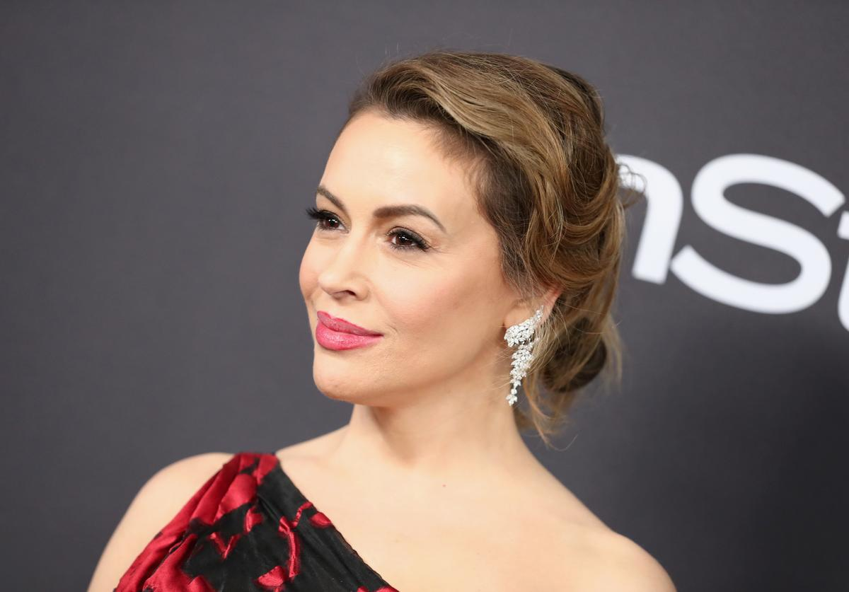 Alyssa Milano attends the InStyle And Warner Bros. Golden Globes After Party 2019