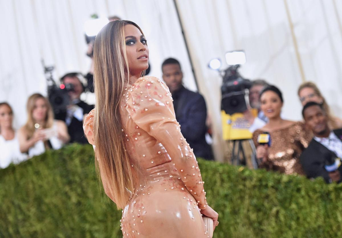 "Beyonce attends the ""Manus x Machina: Fashion In An Age Of Technology"" Costume Institute Gala at Metropolitan Museum of Art"