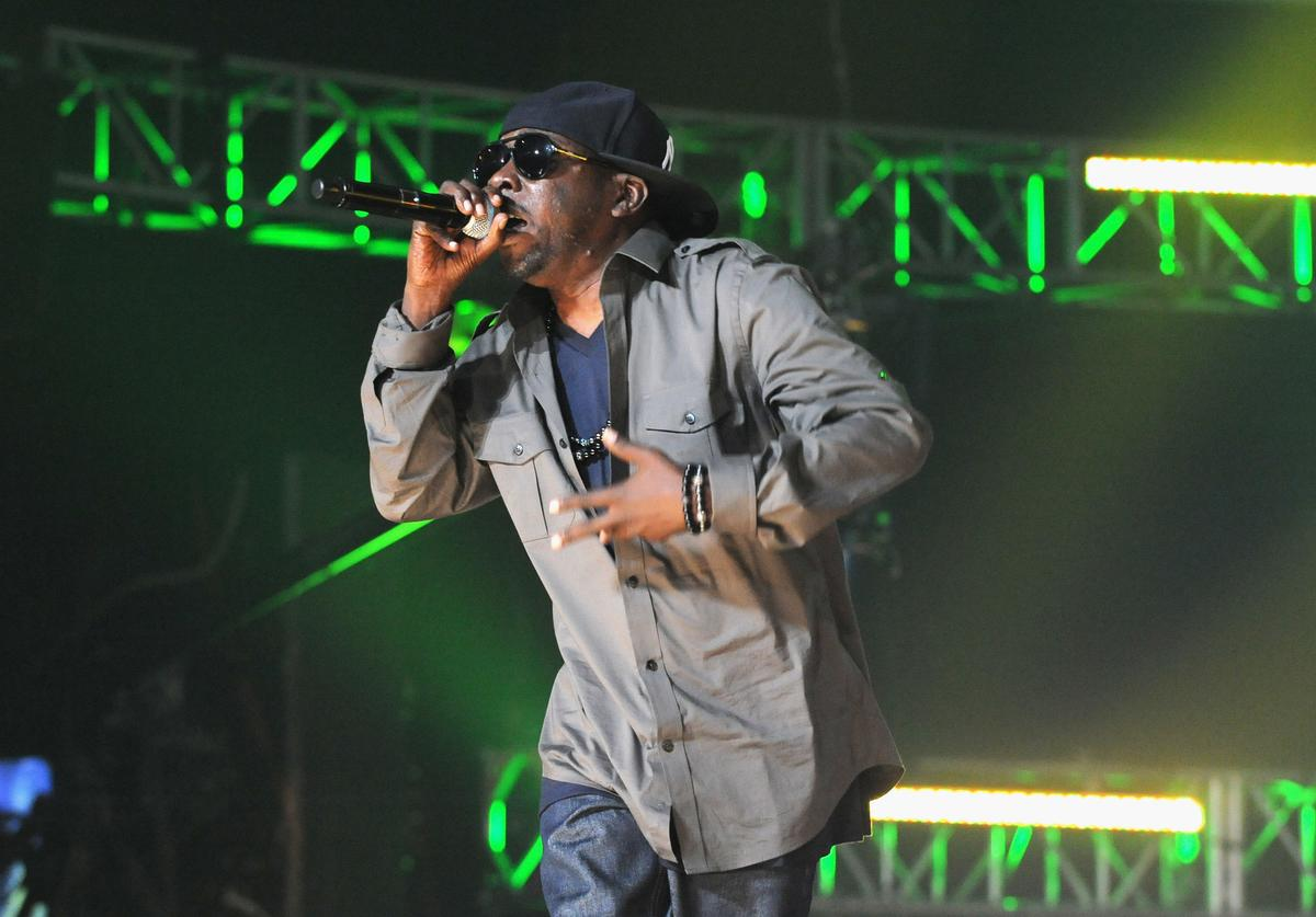 Phife Dawg performs onstage at the 2012 BET Hip Hop Awards at Boisfeuillet Jones Atlanta Civic Center on September 29, 2012 in Atlanta, Georgia.