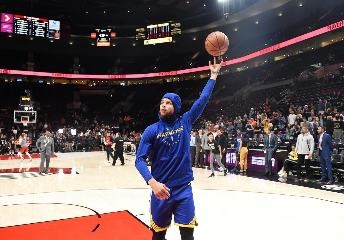 Stephen Curry #30 of the Golden State Warriors warms up before game three of the NBA Western Conference Finals against the Portland Trail Blazers at Moda Center on May 18, 2019 in Portland, Oregon. NOTE TO USER: User expressly acknowledges and agrees that, by downloading and or using this photograph, User is consenting to the terms and conditions of the Getty Images License Agreement.
