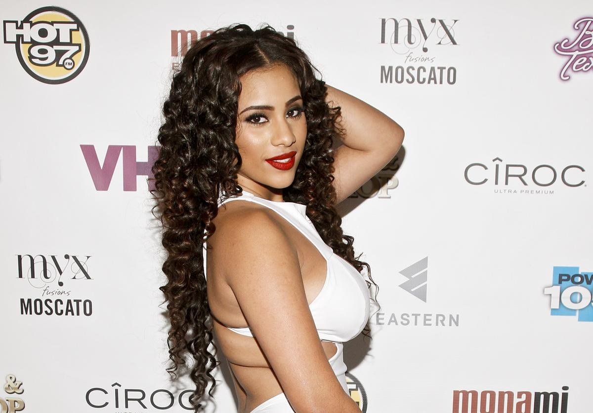 "Cyn Santana appears at the VH1 ""Love & Hip Hop"" Season 4 Premiere at Stage 48 on October 28, 2013 in New York City"