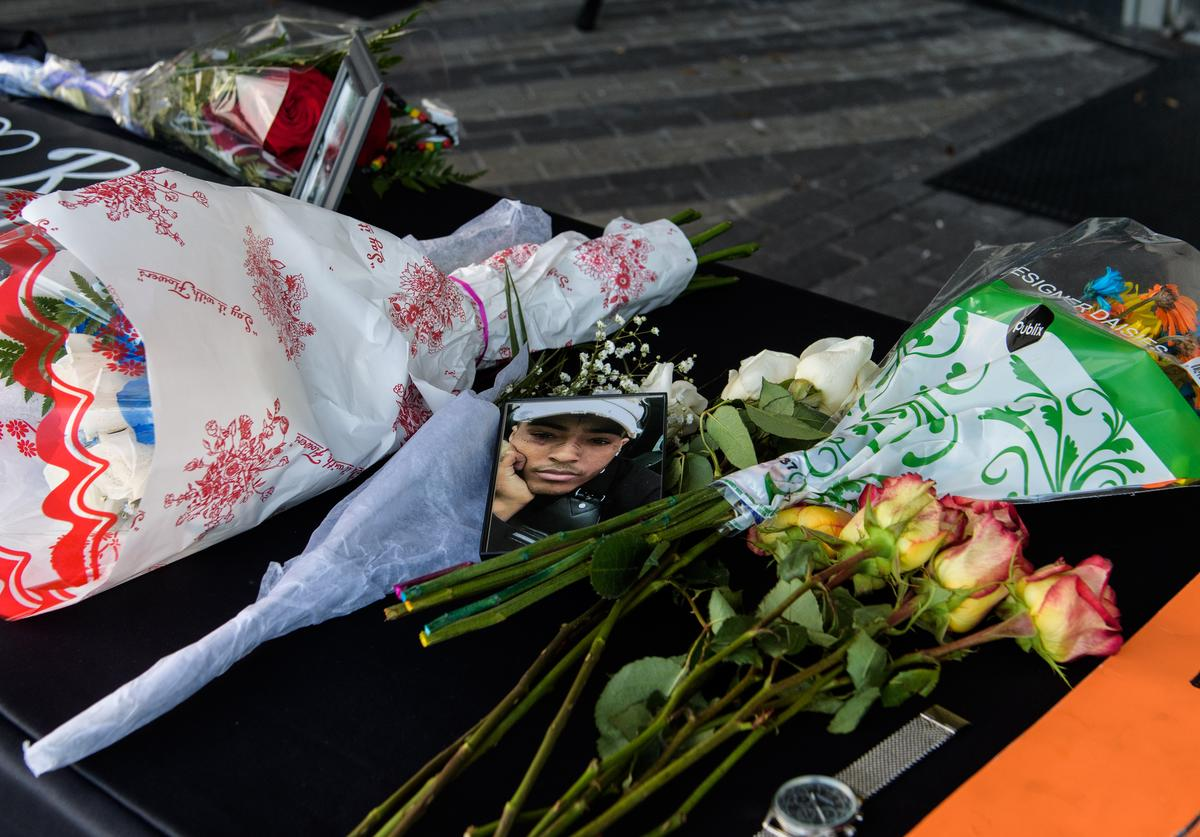 Fans leave items at a makeshift memorial outside XXXTentacion Funeral & Fan Memorial at BB&T Center on June 27, 2018 in Sunrise, Florida
