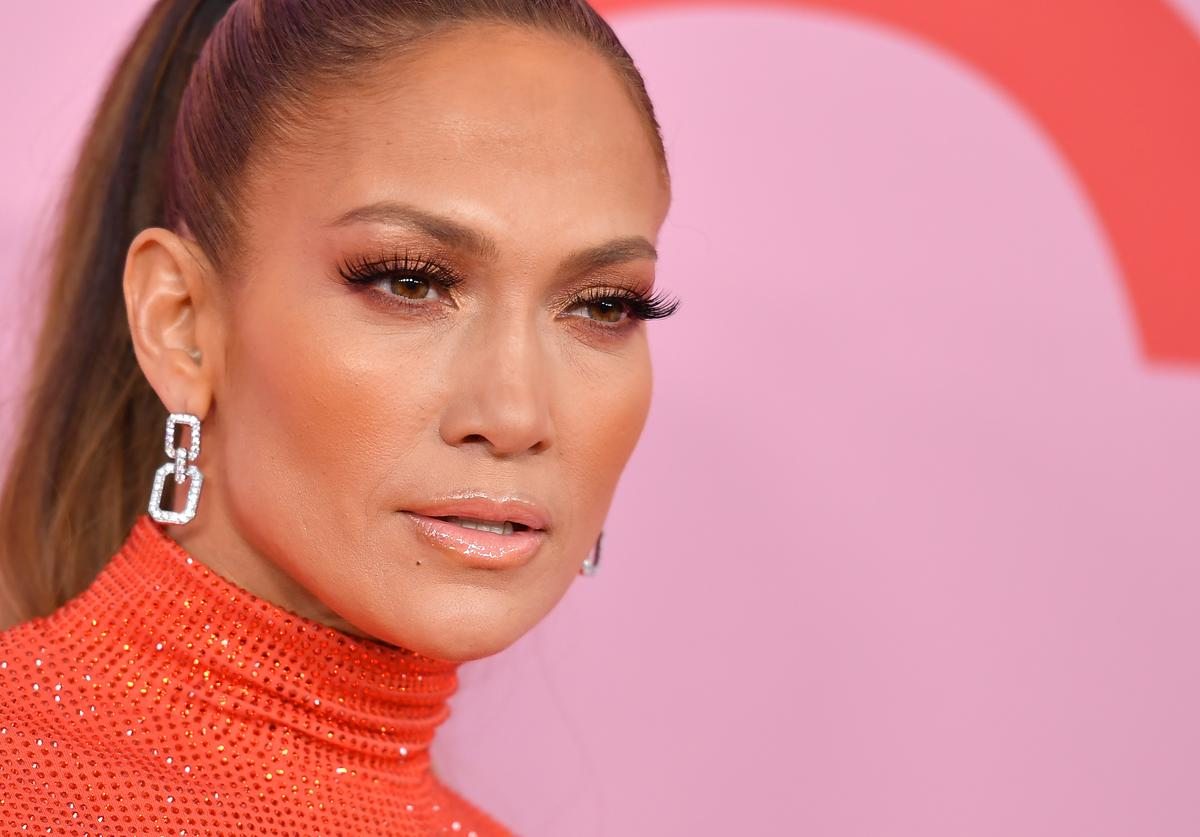 CFDA Fashion Icon Award recipient US singer Jennifer Lopez arrives for the 2019 CFDA fashion awards at the Brooklyn Museum in New York City on June 3, 2019.