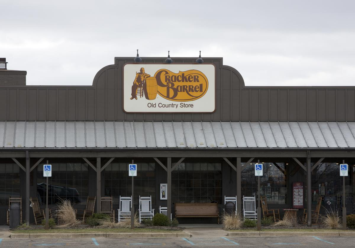 A general view of the Cracker Barrel where a gunman went on a shooting rampage, on February 21, 2016 in Kalamazoo, Michigan. Authorities said that a shooter who killed six people and injured two others was an Uber driver who appears to have gunned down people at random during a four-hour rampage in the parking lots of a western Michigan apartment complex, a car dealeship and a Cracker Barrel store.