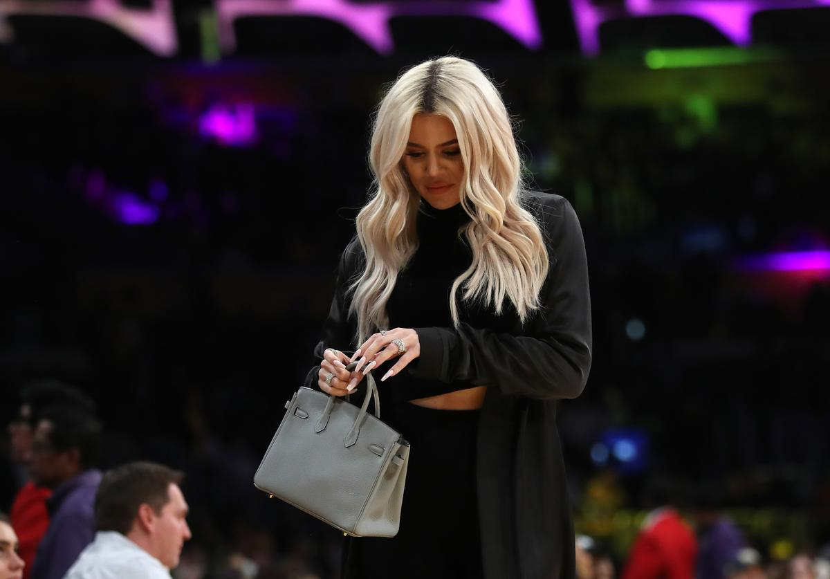 Khloé Kardashian leaves an NBA game between the Cleveland Cavaliers and the Los Angeles Lakers during the second half of a game at Staples Center on January 13, 2019 in Los Angeles, California