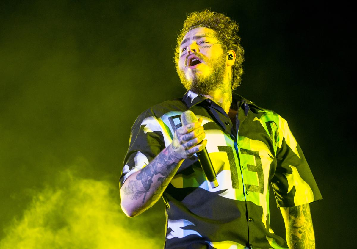 Post Malone Performs during the first day of Lollapalooza Buenos Aires 2018 at Hipodromo de San Isidro on March 29, 2019 in Buenos Aires, Argentina