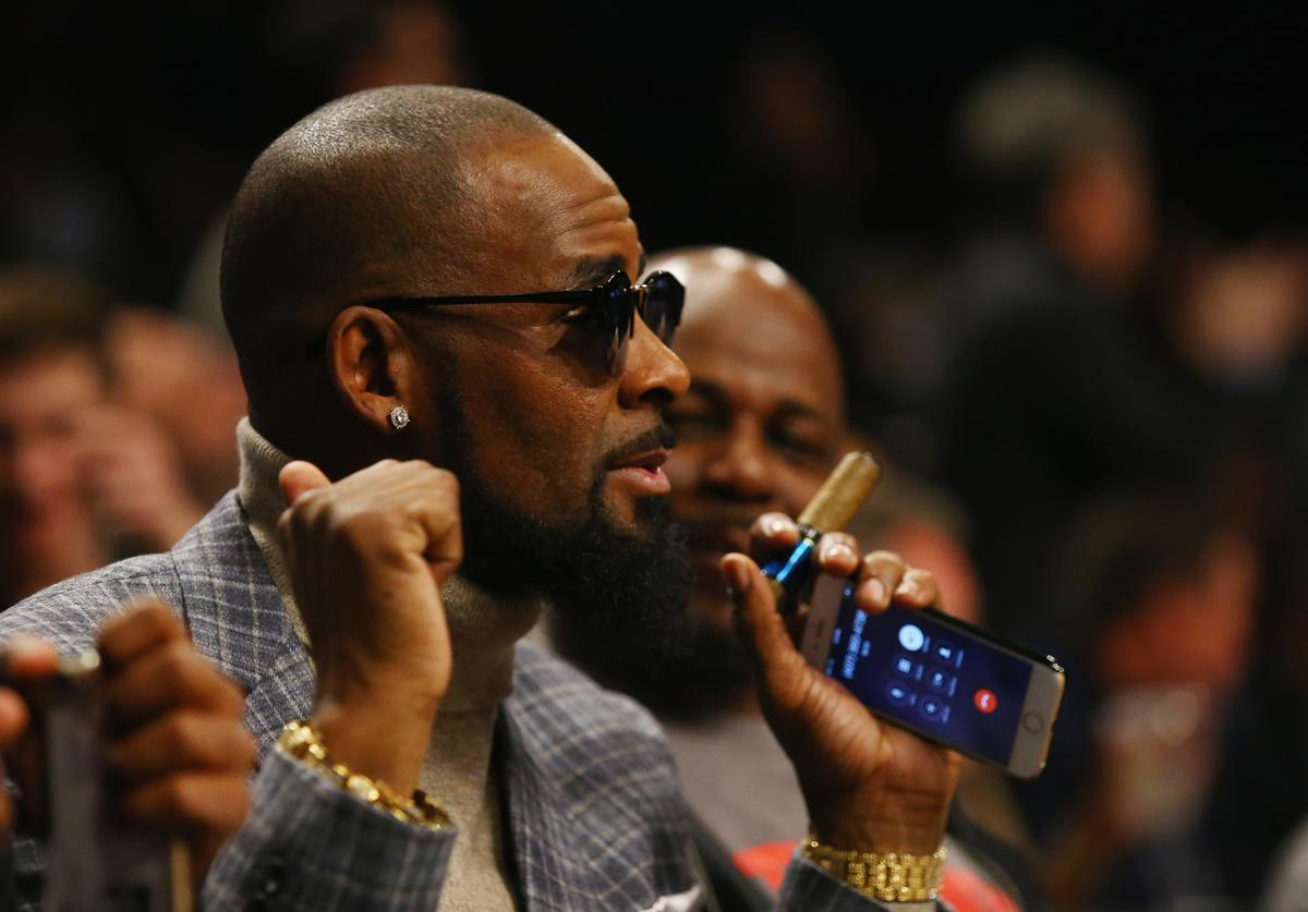 R. Kelly attends the Brooklyn Nets vs the Atlanta Hawks at The Barclays Center on November 17, 2015 in New York City