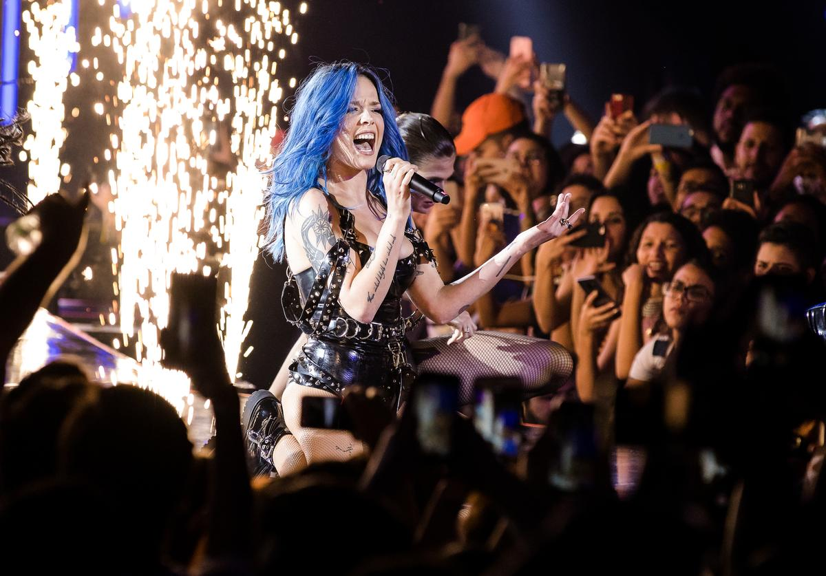 Halsey performs live on stage during MTV MIAW 2019 at Credicard Hall on July 3 , 2019 in Sao Paulo, Brazil