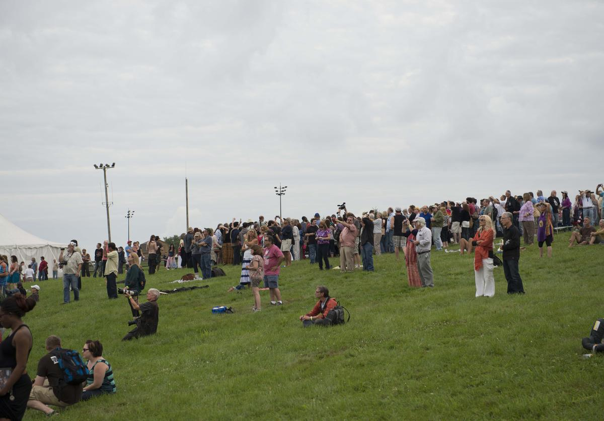Richie Havens Memorial Celebration and Aerial Scattering of Ashes at Bethel Woods Art Center