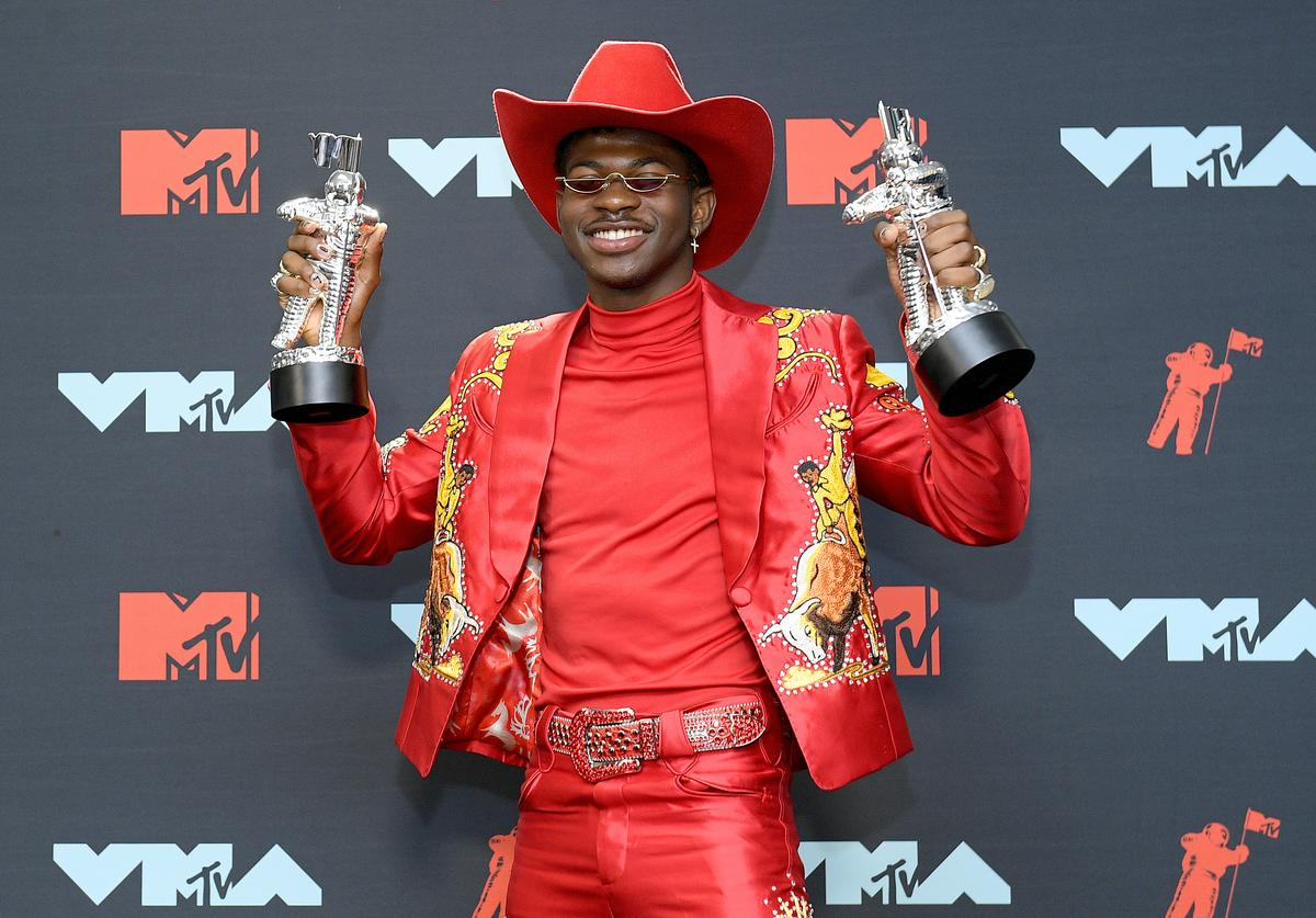 Lil Nas X poses with awards in the Press Room during the 2019 MTV Video Music Awards at Prudential Center on August 26, 2019 in Newark, New Jersey
