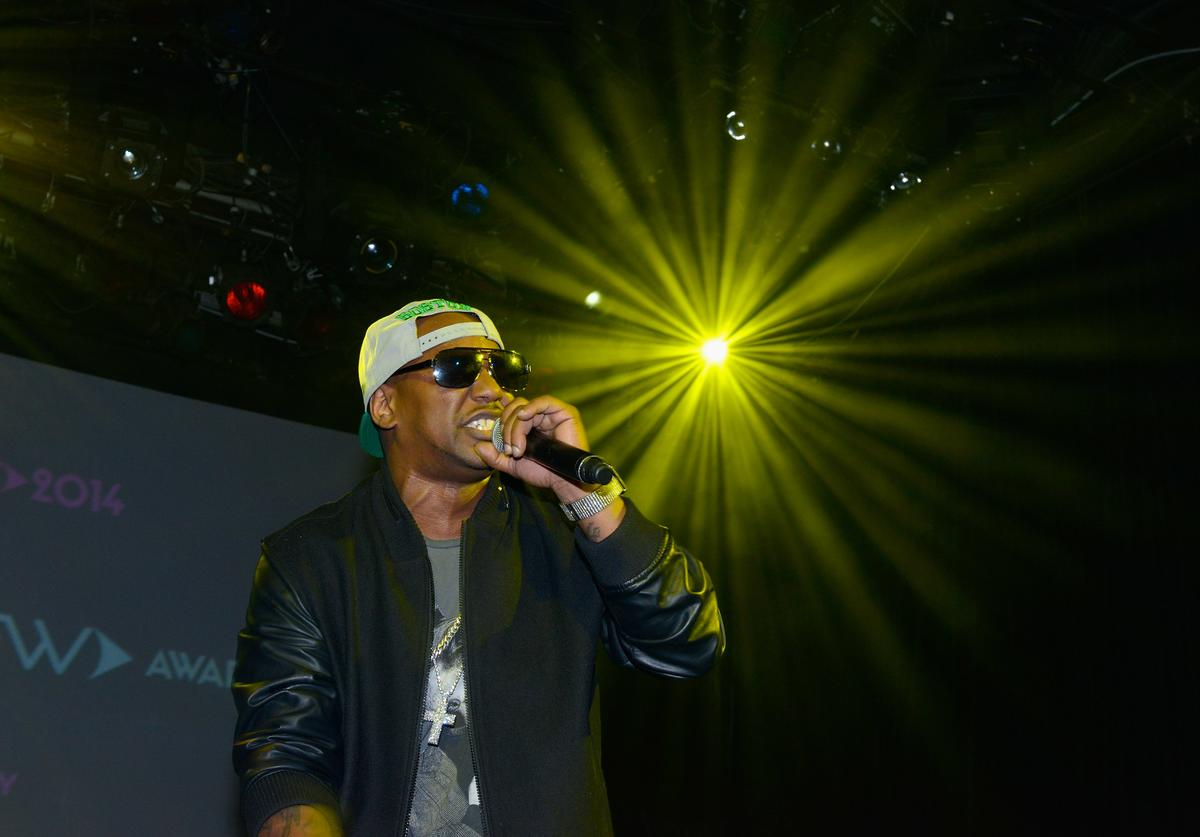 Cam'Ron performing.