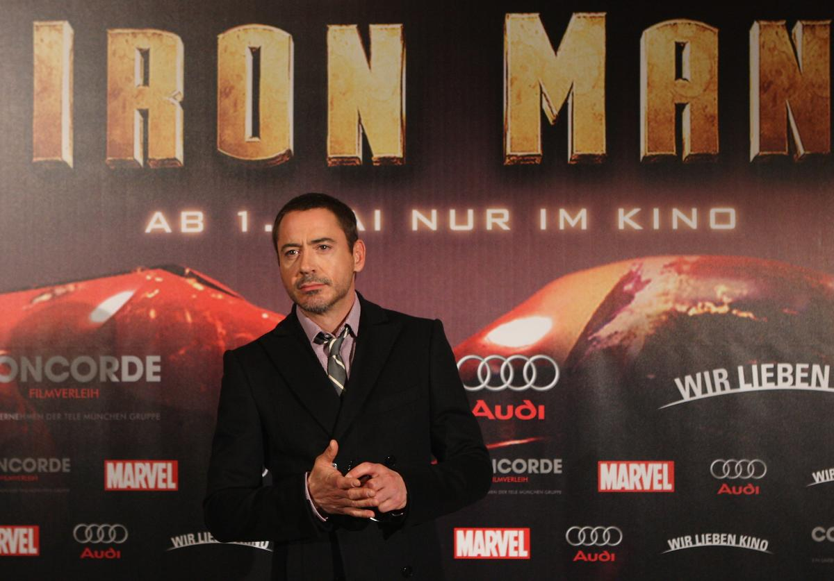"Actor Robert Downey Jr. attends the photocall to the movie ""Ironman"" at the Ritz-Carlton on April 22, 2008 in Berlin, Germany"