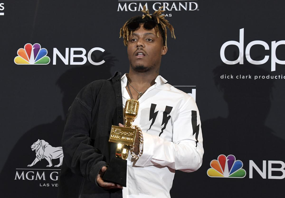 Juice Wrld poses with the award for Best New Artist in the press room during the 2019 Billboard Music Awards at MGM Grand Garden Arena on May 01, 2019 in Las Vegas, Nevada