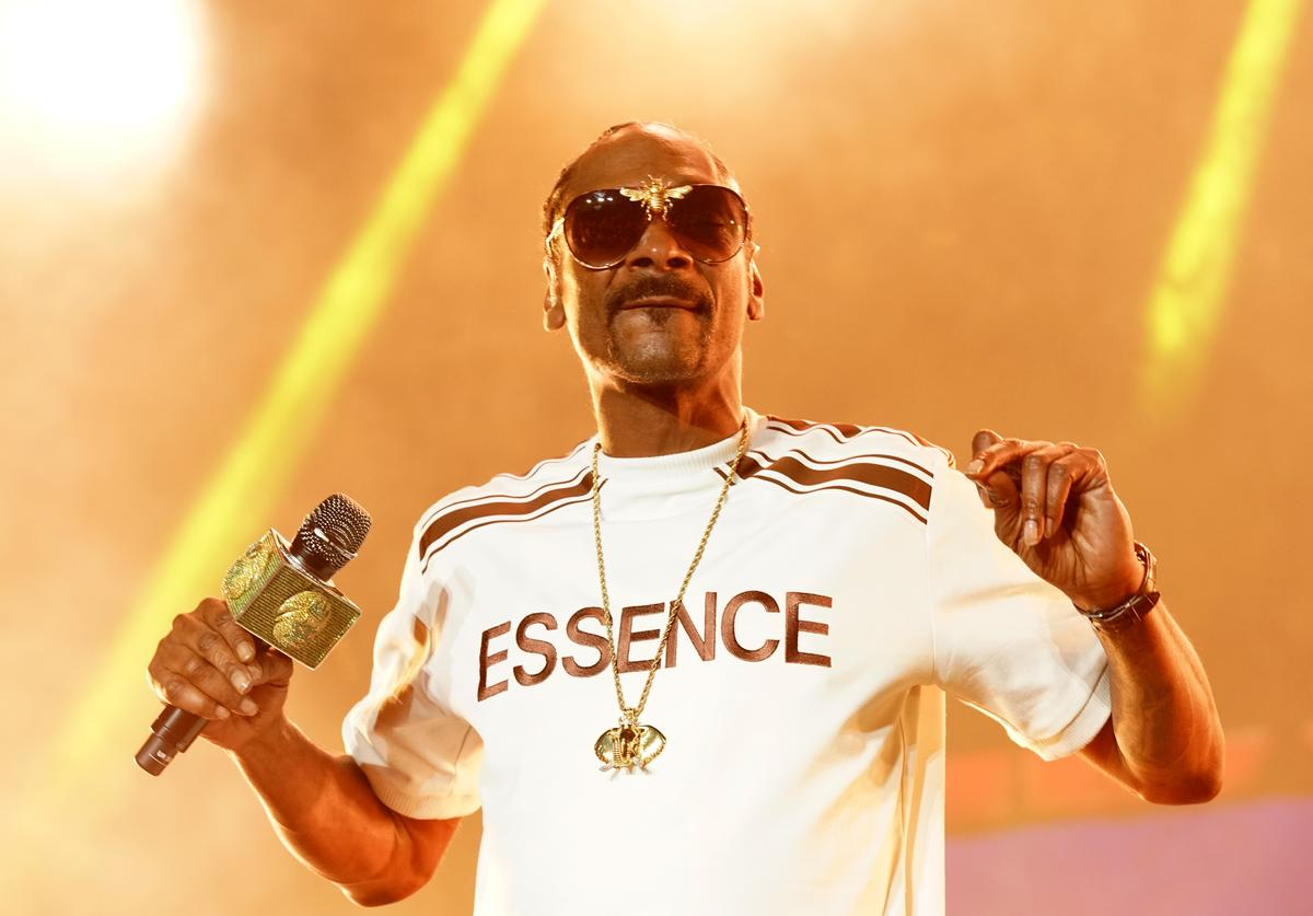 Snoop Dogg performs onstage during the 2018 Essence Festival presented By Coca-Cola - Day 1 at Louisiana Superdome on July 6, 2018 in New Orleans, Louisiana