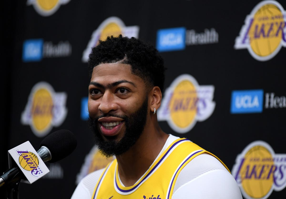 Anthony Davis #3 of the Los Angeles Lakers smiles as he speaks to the press during Los Angeles Lakers media day at UCLA Health Training Center on September 27, 2019 in El Segundo, California.
