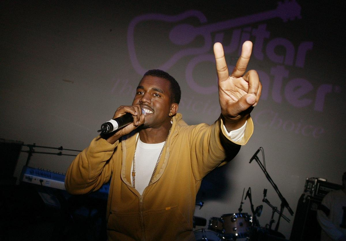 Musician Kanye West performs at the Fader 20 Pop Life Party at Diane Von Furstenberg NYC Studios December 5, 2003 in New York City.