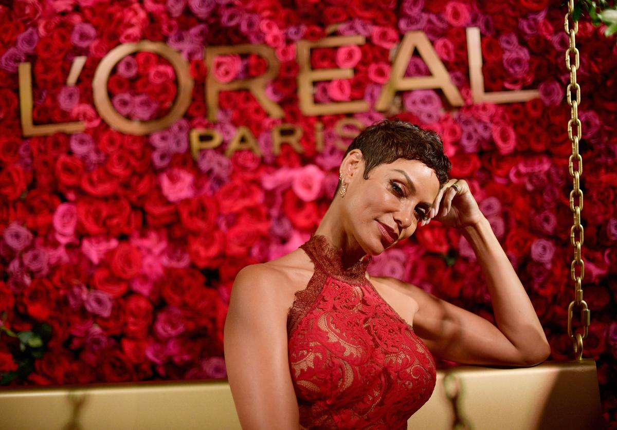 Nicole Mitchell Murphy attends the 2018 Pre-Emmy Party hosted by Entertainment Weekly and L'Oreal Paris at Sunset Tower on September 15, 2018 in Los Angeles, California
