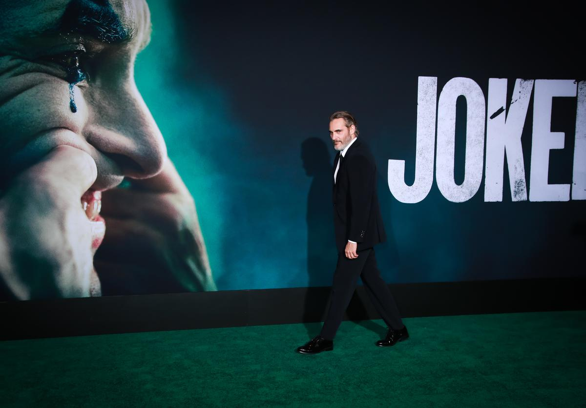 """Joaquin Phoenix attends the premiere of Warner Bros Pictures """"Joker"""" on September 28, 2019 in Hollywood, California"""