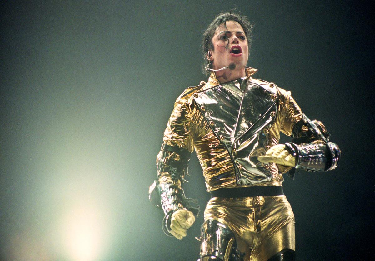 "Michael Jackson performs on stage during is ""HIStory"" world tour concert at Ericsson Stadium November 10, 1996"
