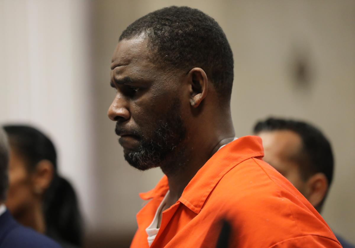 R. Kelly appears during a hearing at the Leighton Criminal Courthouse on September 17, 2019 in Chicago, Illinois. Kelly is facing multiple sexual assault charges and is being held without bail