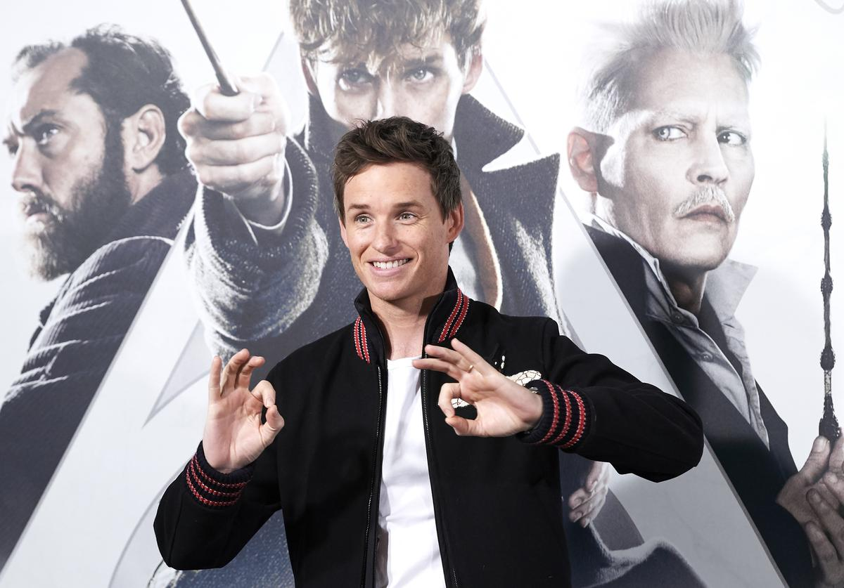 Actor Eddie Redmayne attends 'Animales Fantasticos: Los Crimenes De Grindelwald' (Fantastic Beasts: The Crimes of Grindelwald) photocall at the Villamagna Hotel on November 16, 2018 in Madrid, Spain.