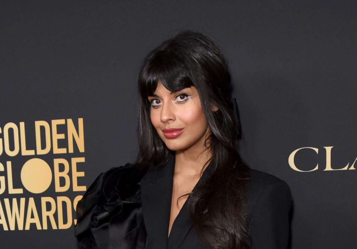 Jameela Jamil at Golden Globe Awards event.