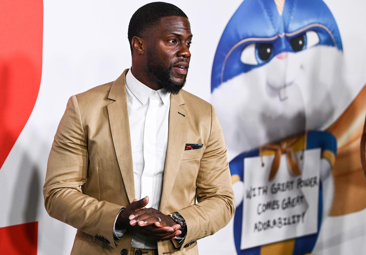 Kevin Hart at movie premiere