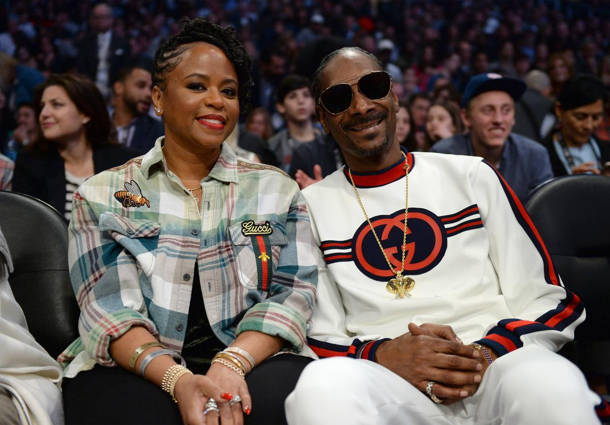 Snoop Dogg and wife Shante attend the NBA All-Star Game 2018 at Staples Center on February 18, 2018 in Los Angeles, California