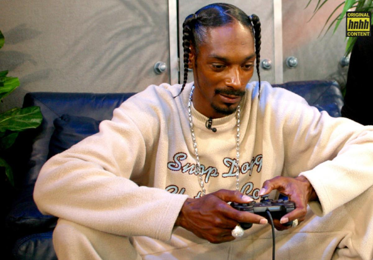 Snoop Dogg playing a video game