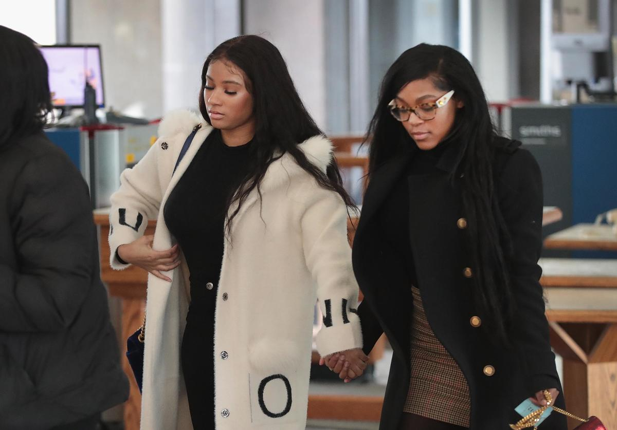 Joycelyn Savage (L) and Azriel Clary arrive for a bond hearing for R&B singer R. Kelly at the Leighton Criminal Court Building on February 23, 2019 in Chicago, Illinois