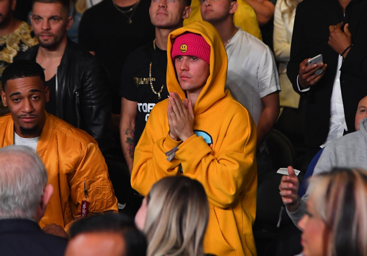 Justin Bieber attends the fight between KSI and Logan Paul at Staples Center on November 9, 2019 in Los Angeles, California. KSI won by decision