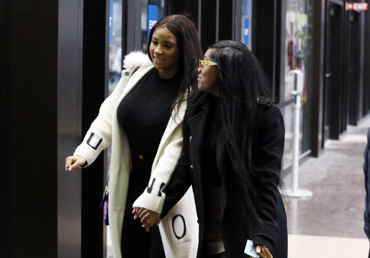 Joycelyn Savage and Azriel Clary arrive at the Leighton Criminal Courthouse for R. Kelly's first court appearance on February 23, 2019 in Chicago, Illinois