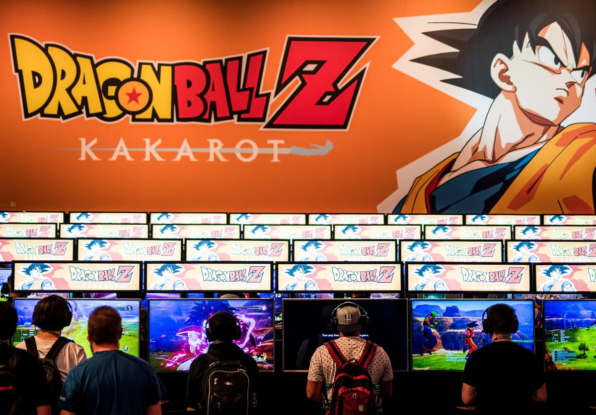 Visitors playing Dragon Ball Z: Kakarot game at 2019 Gamescom (Aug. 2019)