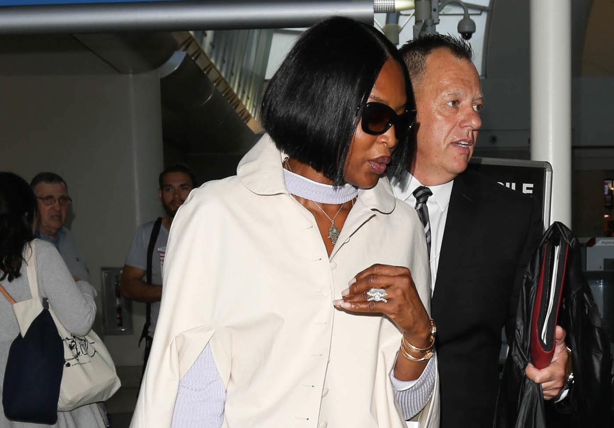 Naomi Campbell airplane travel Coronavirus