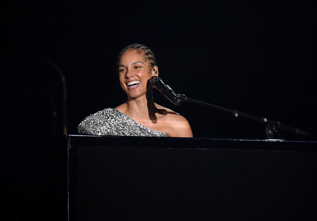 Alicia Keys New Album Postponed New Release Twitter Reacts