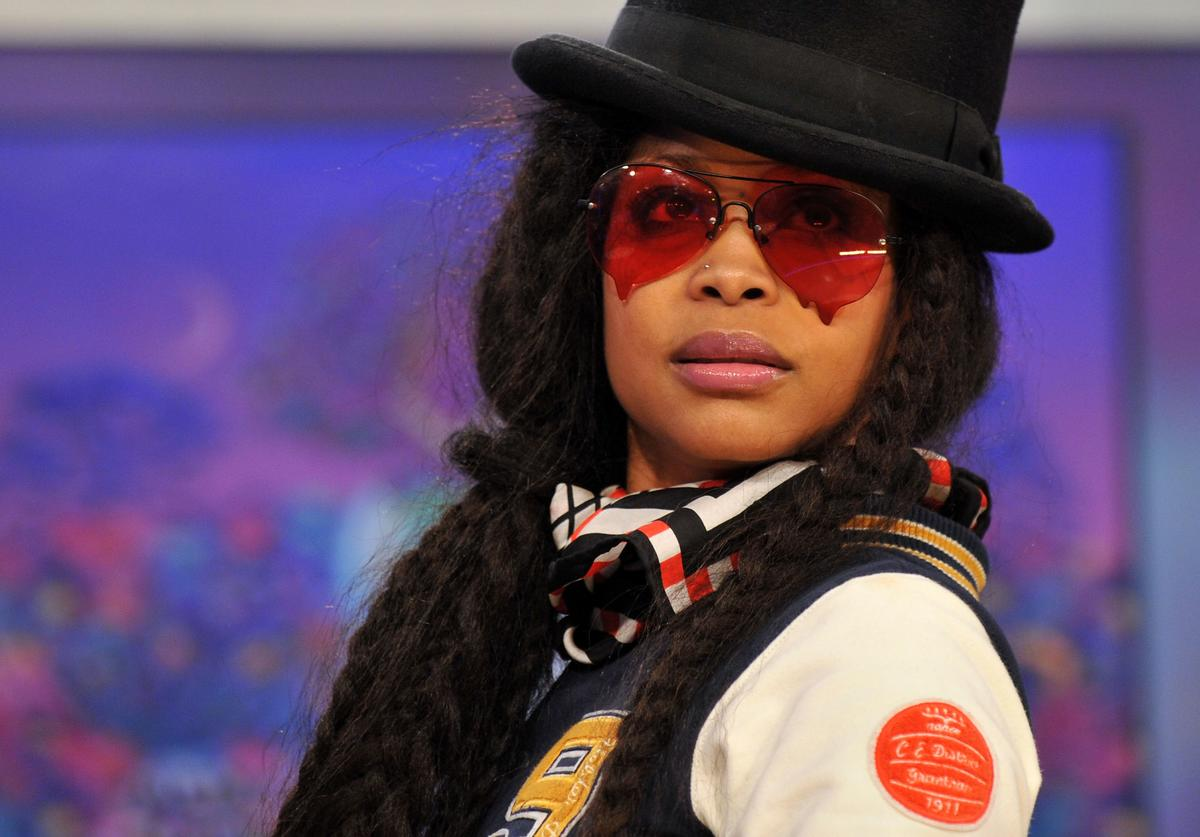 Erykah Badu Hints At New Music With Quarantine In Effect