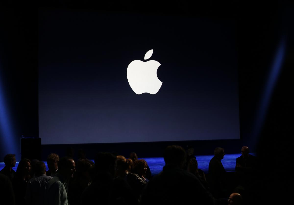 Apple MacBook Air iPad Pro new models launch unveil announce reveal laptop technology