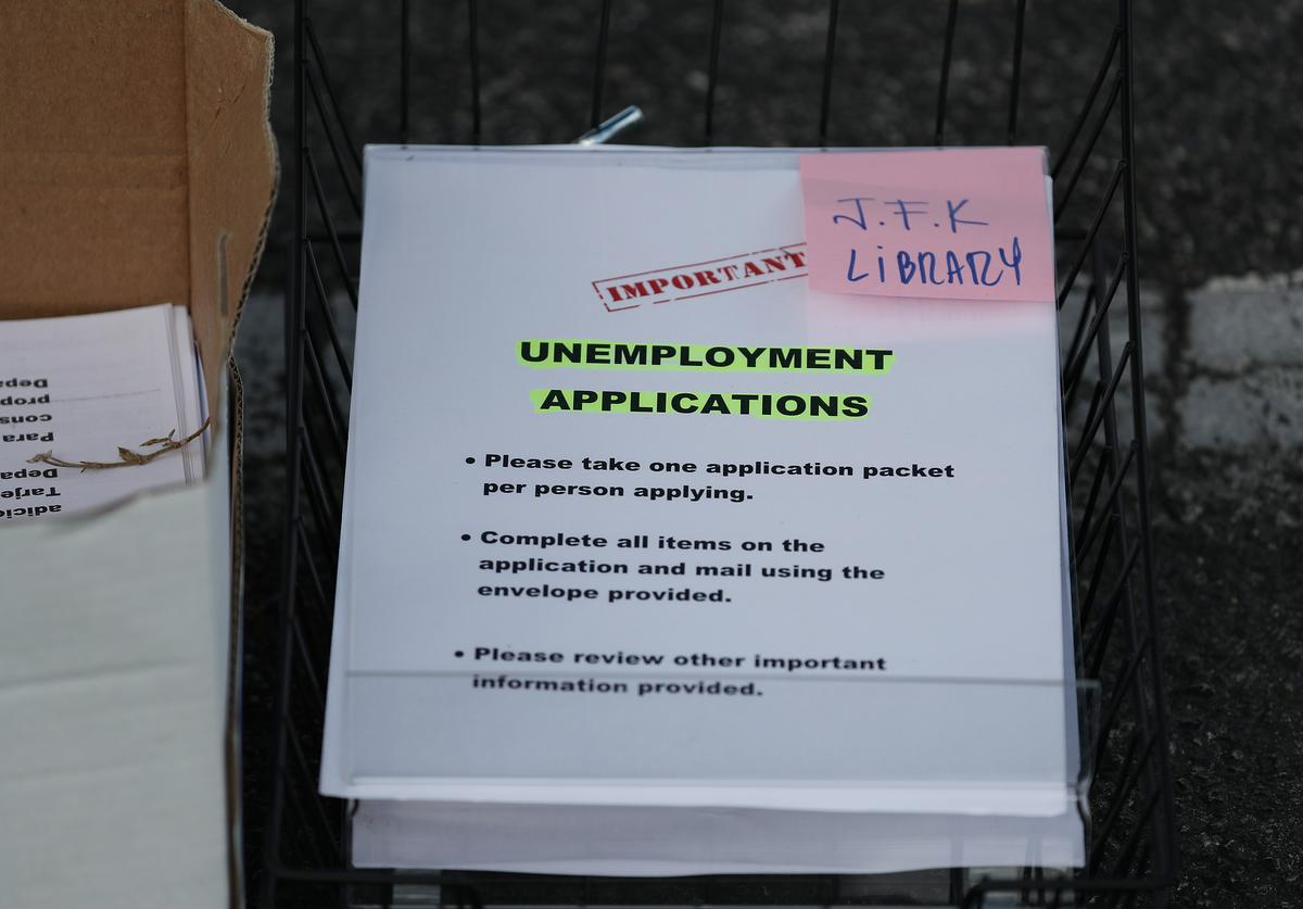 unemployment rates file application united states of america coronavirus pandemic jobs lost work