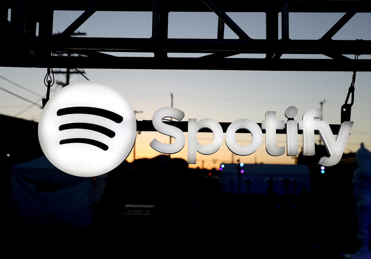spotify tip donate money cash app paypal artists support fans listeners streaming service