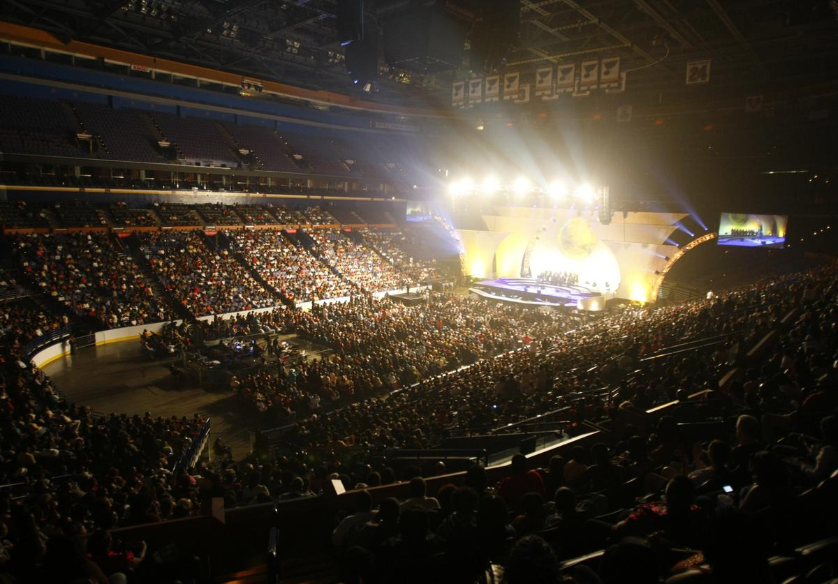 """Scottrade Center is a full house during the first stop on the 2008 Verizon Wireless """"How Sweet The Sound"""" gospal tour in St. Louis on September 13, 2008. The concert is the first of 12 that will determine the best church choir in America."""