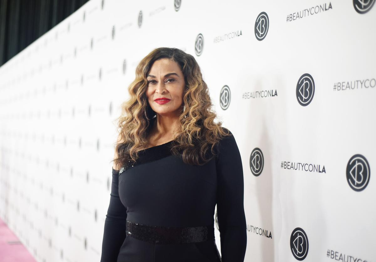 beyoncé tina knowles lawson mom attempt savage remix challenge megan thee stallion