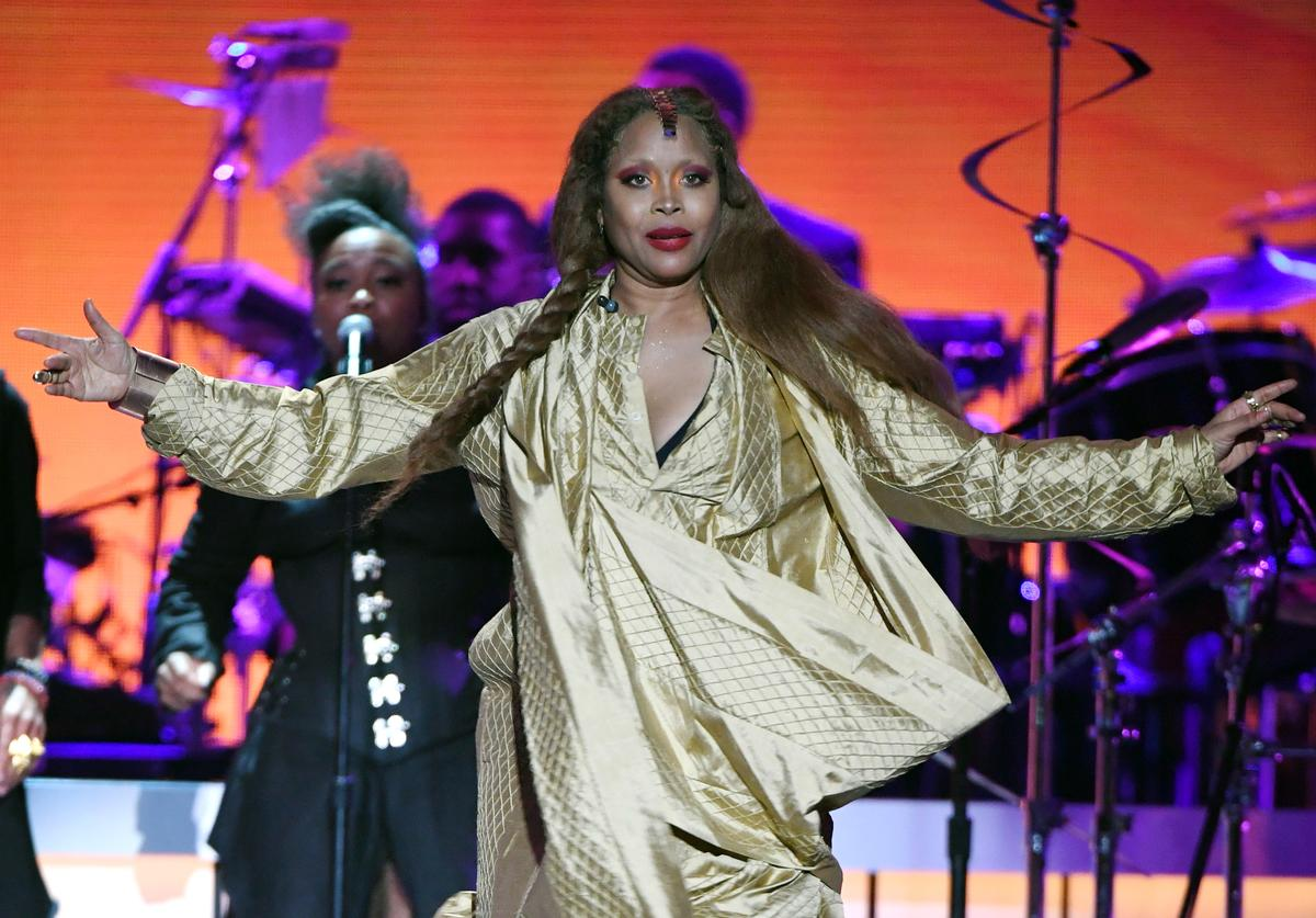Erykah Badu performs onstage during the 2018 Soul Train Awards, presented by BET, at the Orleans Arena on November 17, 2018 in Las Vegas, Nevada.