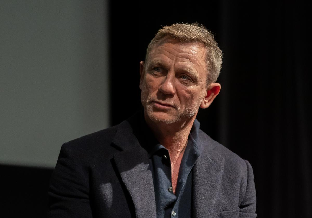 no time to die james bond daniel craig early release delay
