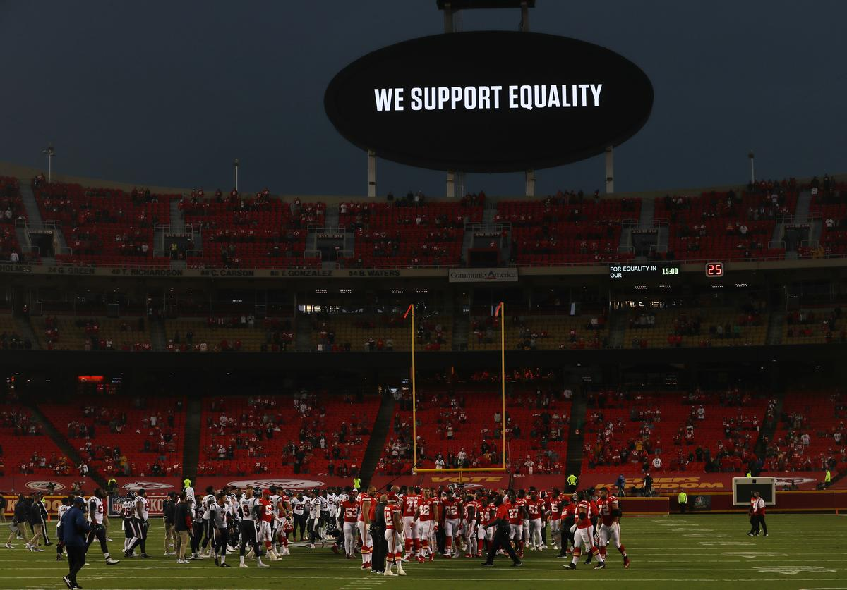 Kansas City Chiefs, Houston Texans, Boos, Equality, BLM,